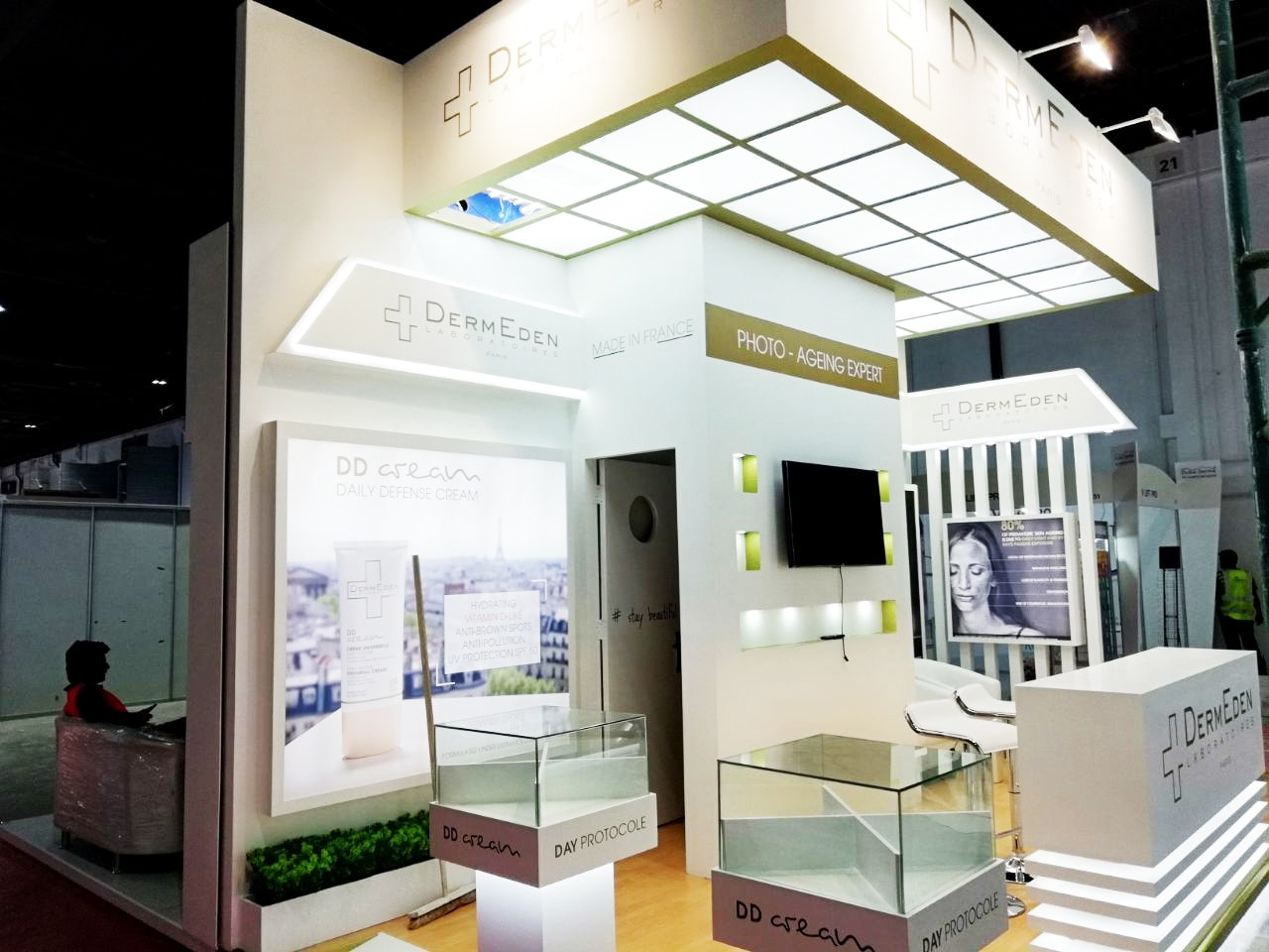 best exhihition stand contractors in Dubai derma expo